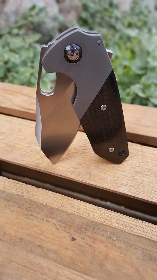 KM Designs Custom Knives